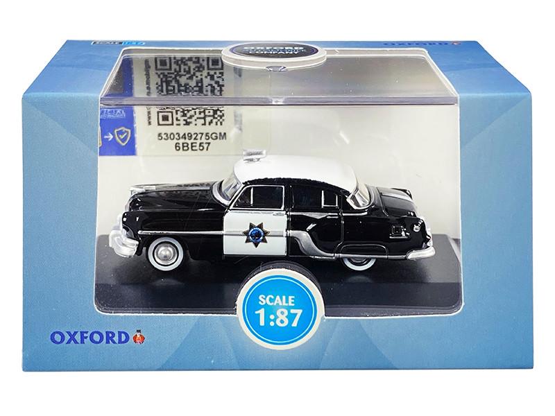 1954 Pontiac Chieftain 4-Door Sedan Black White CHP California Highway Patrol 1/87 HO Scale Diecast Model Car Oxford Diecast 87PC54003