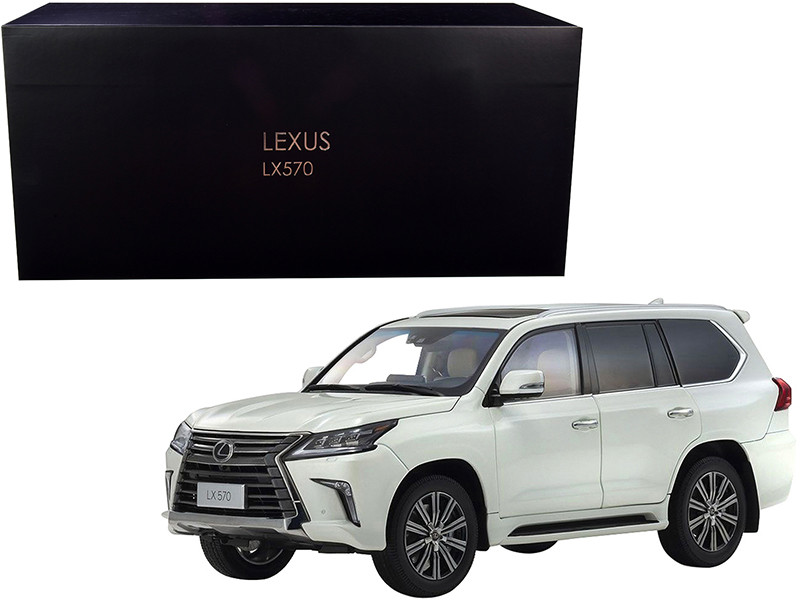 Lexus LX570 Sonic Quartz White 1/18 Diecast Model Car Kyosho 08955 Q