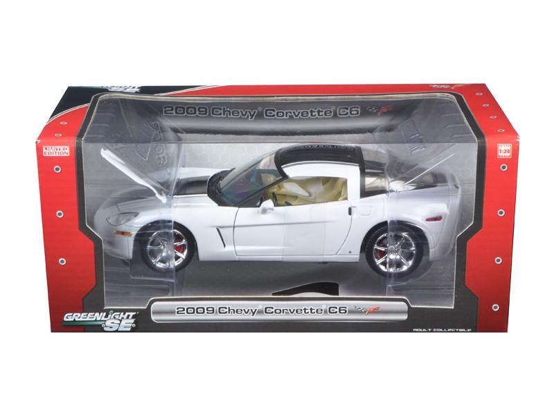 2009 Chevrolet Corvette C6 1/24 Coupe White Diecast Car Model Greenlight 18210