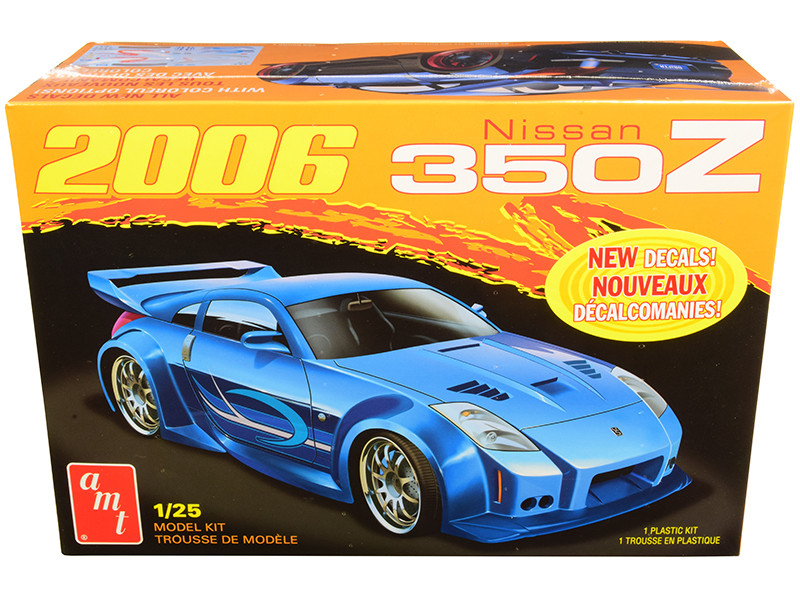 Skill 2 Model Kit 2006 Nissan 350Z 1/25 Scale Model AMT AMT1220 M