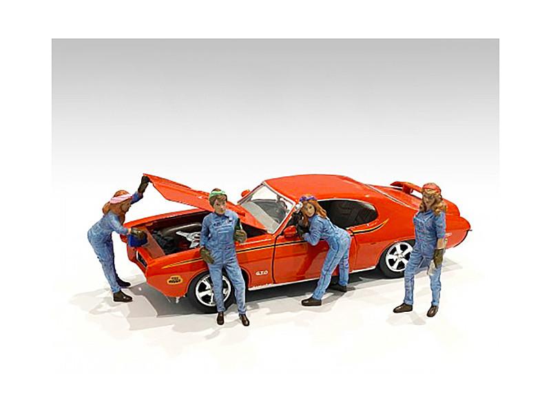 Retro Female Mechanics Figurines 4 piece Set 1/24 Scale Models American Diorama 38344 38345 38346 38347