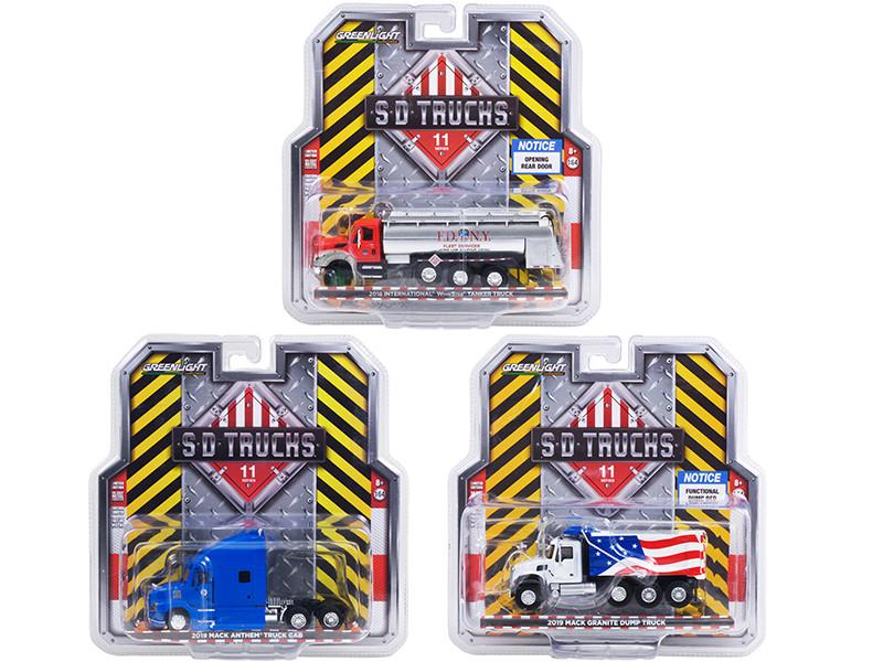 SD Trucks 3 piece Set Series 11 1/64 Diecast Models Greenlight 45110
