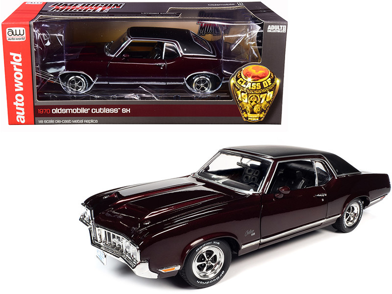 1970 Oldsmobile Cutlass SX Burgundy Mist Metallic Black Vinyl Top Class of 1970 1/18 Diecast Model Car Autoworld AMM1245