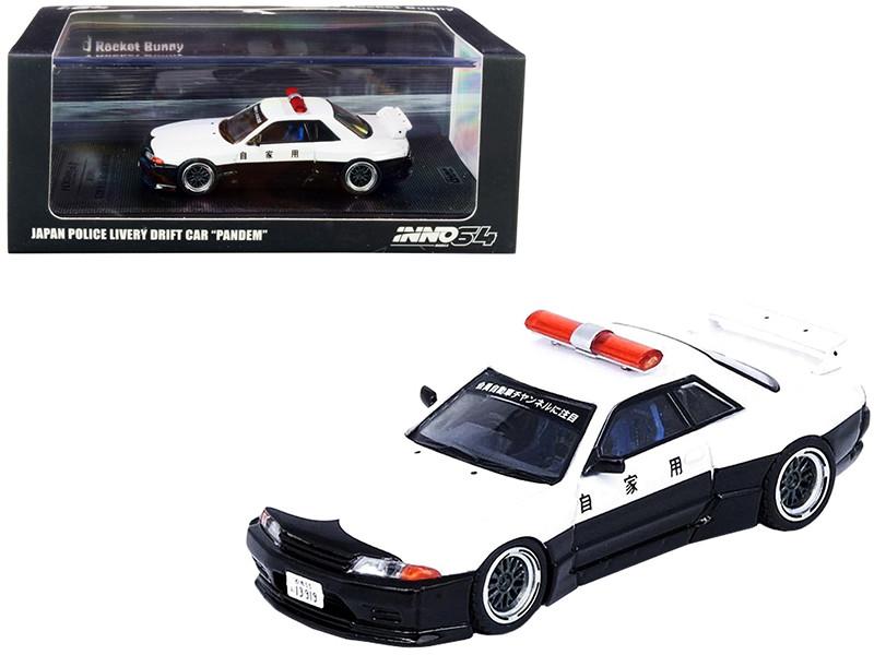 Nissan Skyline GT-R R32 RHD Right Hand Drive White Black Japan Police Livery Drift Car Pandem Rocket Bunny 1/64 Diecast Model Car Inno Models IN64-R32P-JPDC