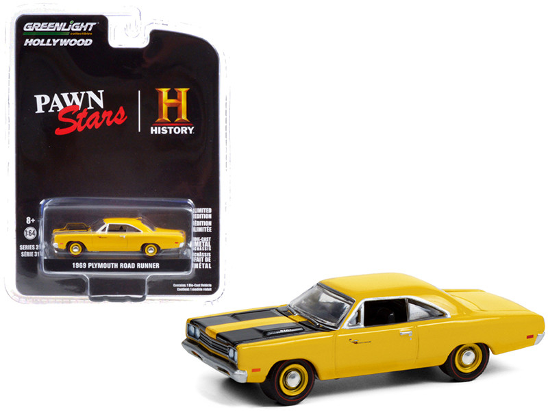 1969 Plymouth Road Runner Yellow Black Stripes Pawn Stars 2009 TV Series Hollywood Series Release 31 1/64 Diecast Model Car Greenlight 44910 D