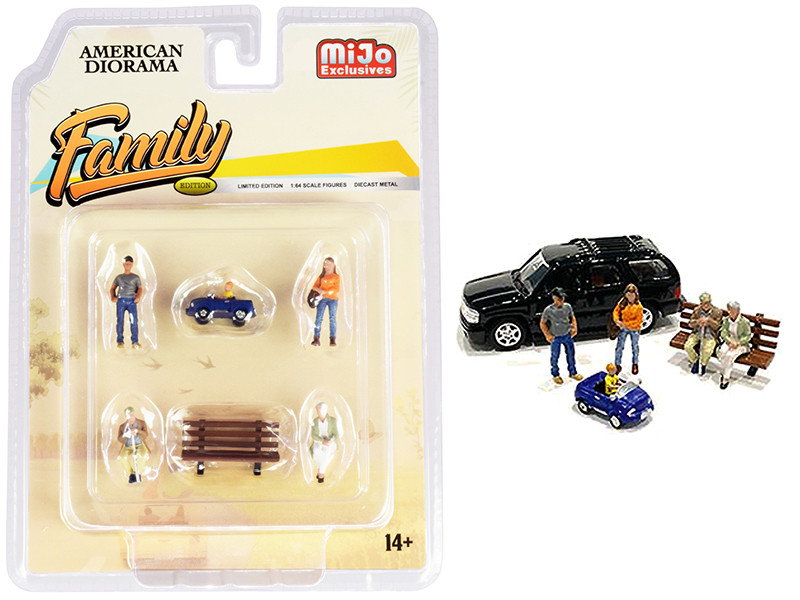 Family Diecast Set of 6 pieces 5 Figurines 1 Accessory 1/64 Scale Models American Diorama 76473
