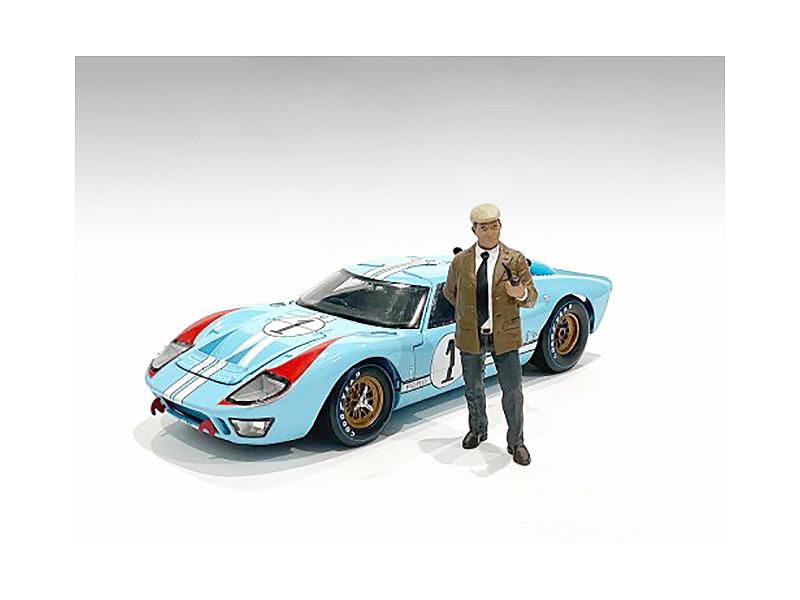 Race Day 2 Figurine III 1/24 Scale Models American Diorama 76397