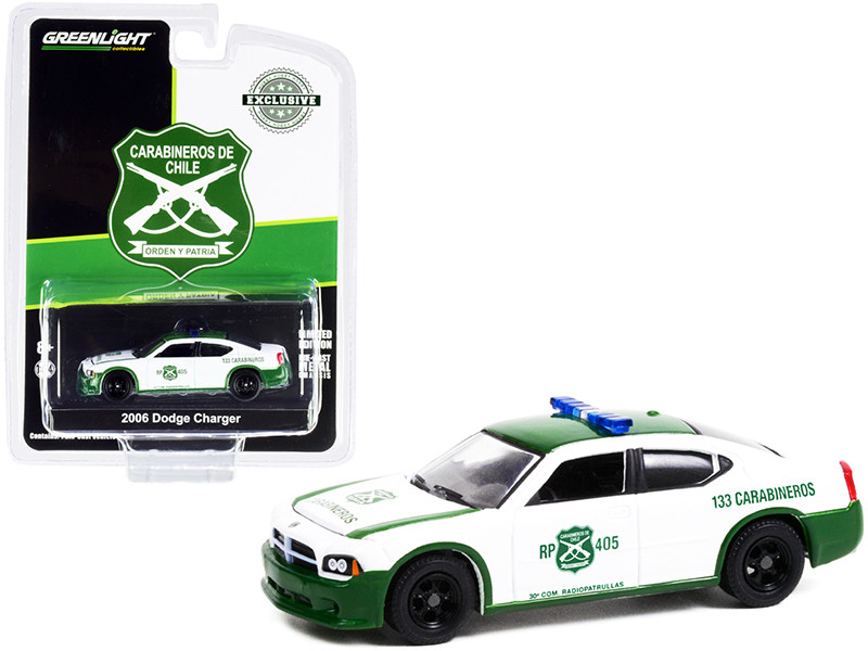 2006 Dodge Charger Police Car Green White Carabineros de Chile Hobby Exclusive 1/64 Diecast Model Car Greenlight 30270