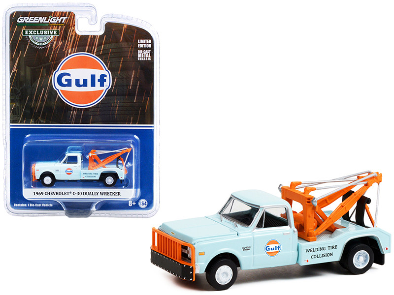 1969 Chevrolet C-30 Dually Wrecker Tow Truck Gulf Oil Light Blue Welding Tire Collision Hobby Exclusive 1/64 Diecast Model Car Greenlight 30275