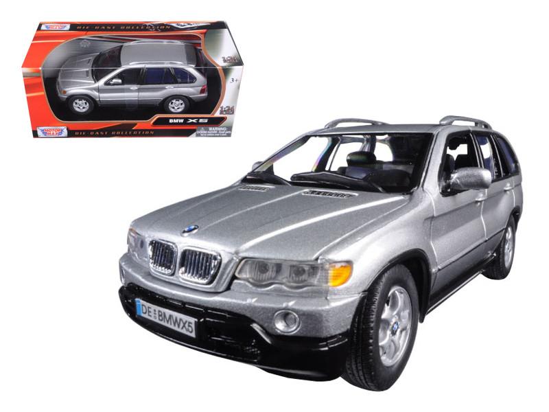 BMW X5 Silver 1/24 Diecast Model Car Motormax 73254