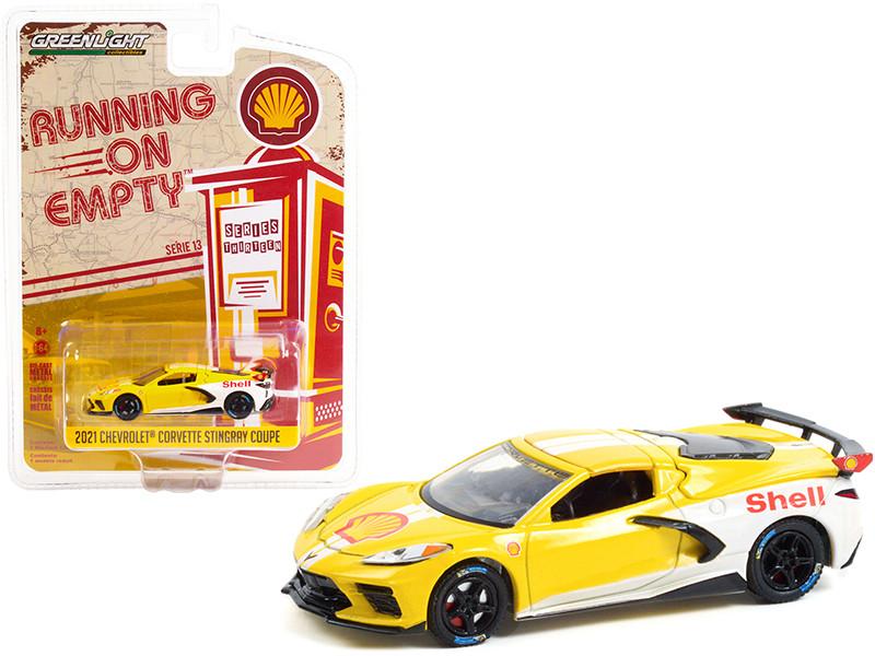2021 Chevrolet Corvette C8 Stingray Coupe Shell Oil Yellow White Running on Empty Series 13 1/64 Diecast Model Car Greenlight 41130 E