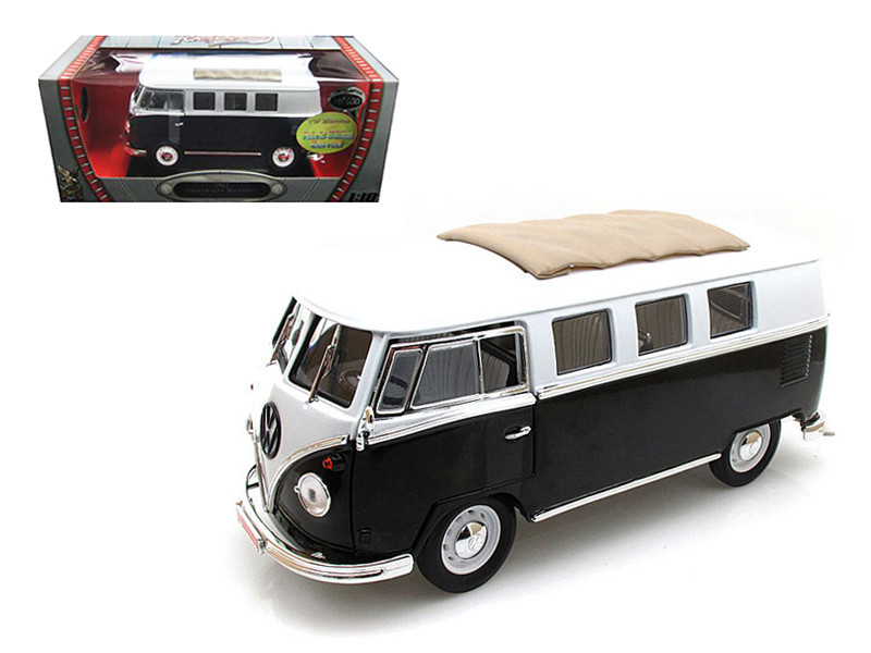 1962 Volkswagen Microbus Black with Sliding Fabric Sunroof Limited Edition to 600pc 1/18 Diecast Model Road Signature 82327