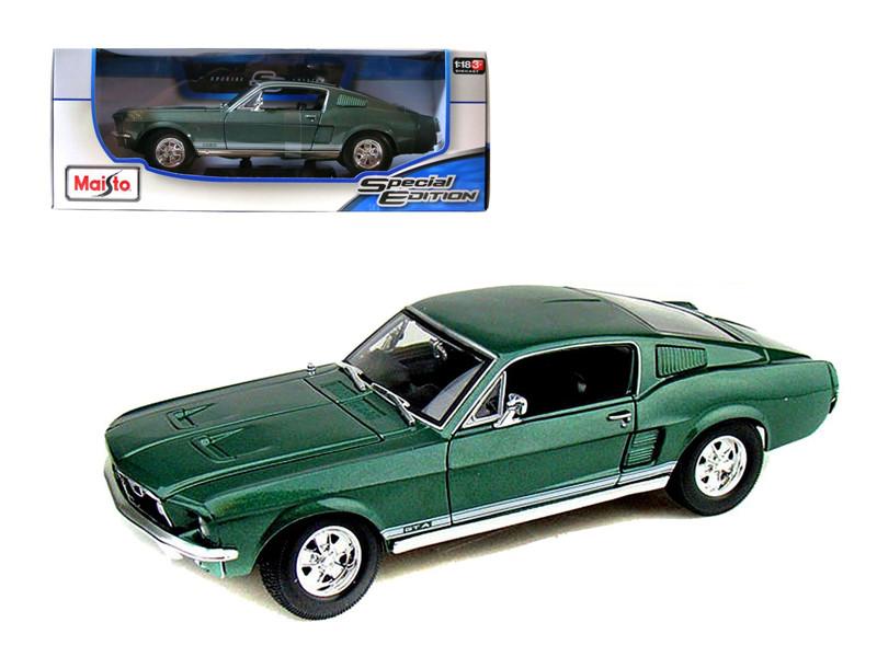 1967 Ford Mustang Fastback GTA Green 1/18 Diecast Model Car Maisto 31166