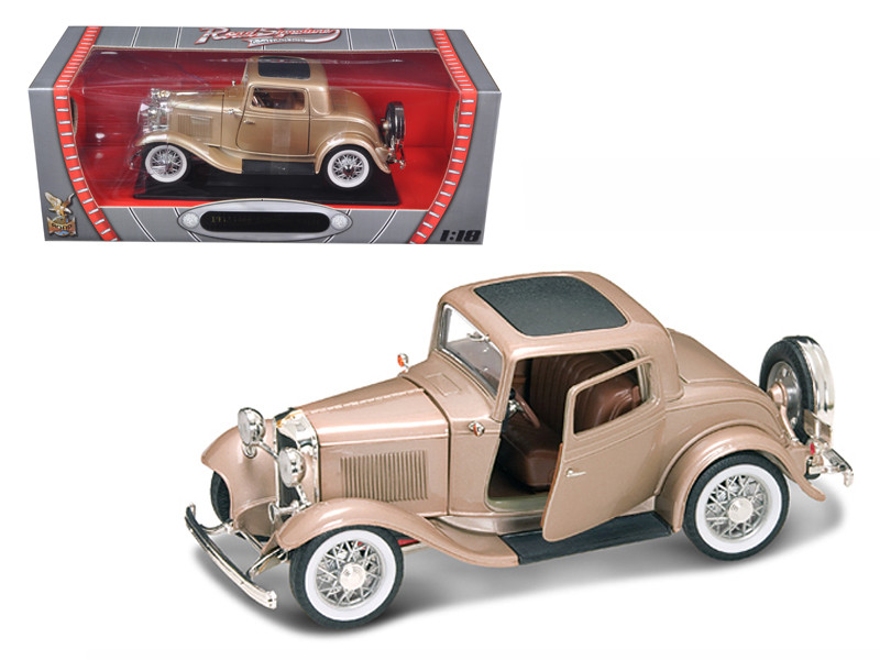 1932 Ford 3 Window Coupe Gold 1/18 Diecast Model Car Road Signature 92248