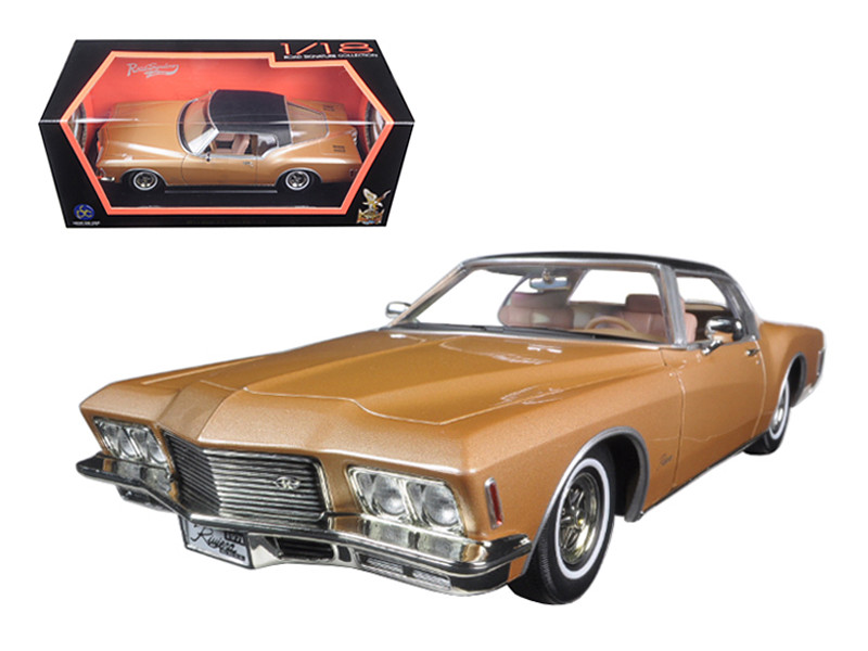 1971 Buick Riviera GS With Vinyl Top Gold 1/18 Diecast Model Car Road Signature 92558