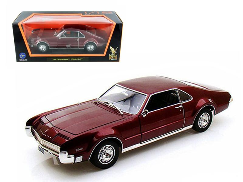 1966 Oldsmobile Toronado Burgundy 1/18 Diecast Car Model Road Signature 92718