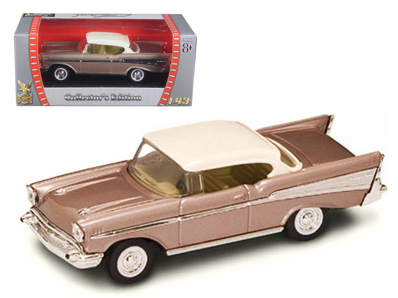 1957 Chevrolet Bel Air Pearl 1/43 Diecast Model Car Road Signature 94201
