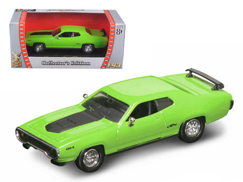 1971 Plymouth GTX 440 6 Pack Green 1/43 Diecast Model Car Road Signature 94218