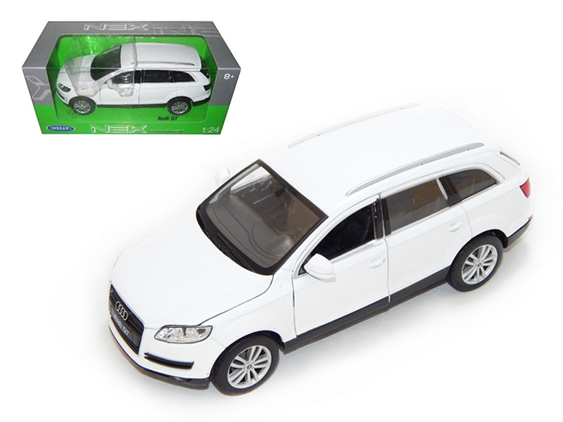 Audi Q7 White 1/24 Diecast Car Model Welly 22481