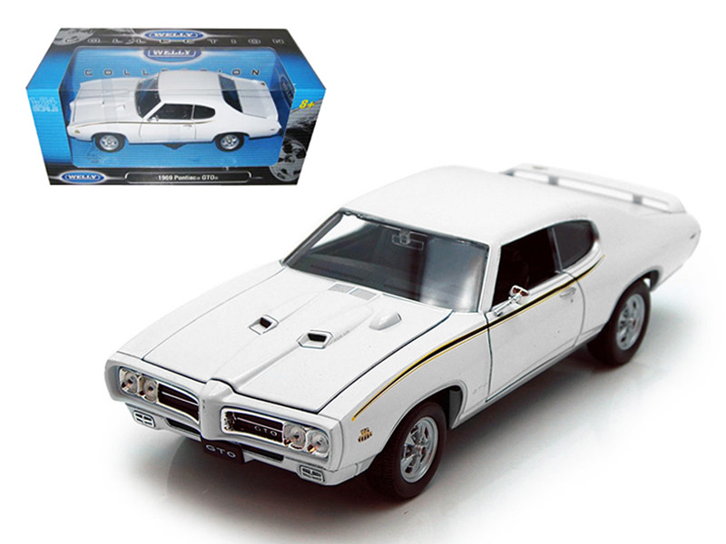 1969 Pontiac GTO Judge White 1/24 Diecast Car Welly 22501