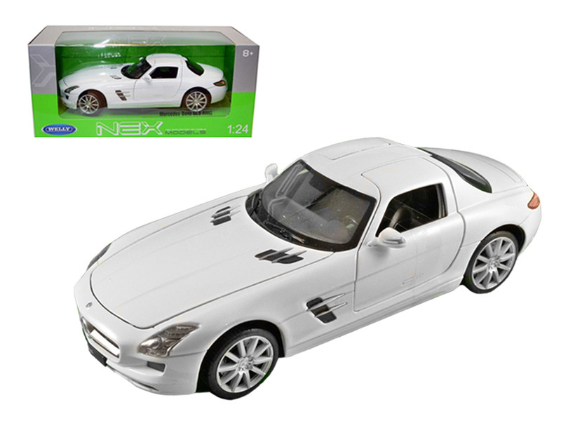 Mercedes SLS AMG White 1/24 Diecast Model Car Welly 24025