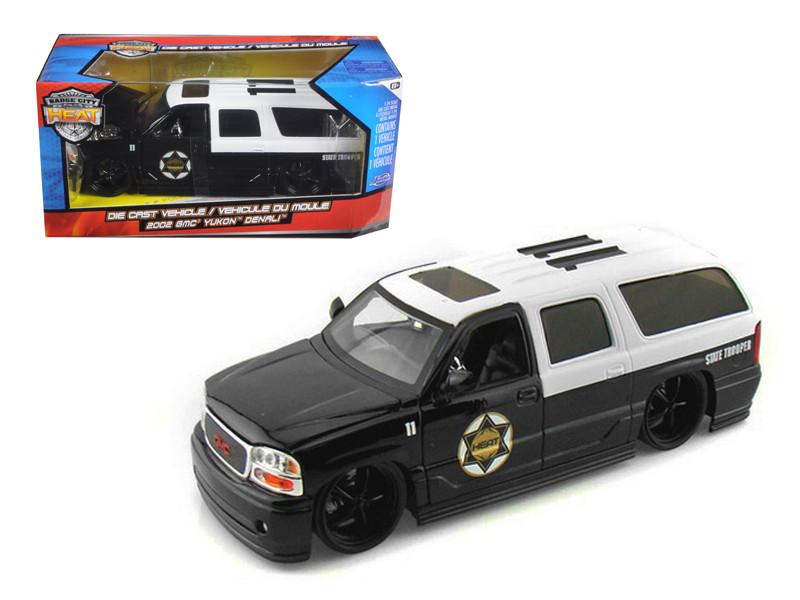 2002 GMC Yukon Denali Police 1/24 Diecast Model Car Jada 96367