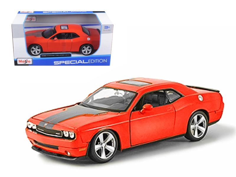 2008 Dodge Challenger SRT8 Orange 1/24 Diecast Model Car Maisto 31280
