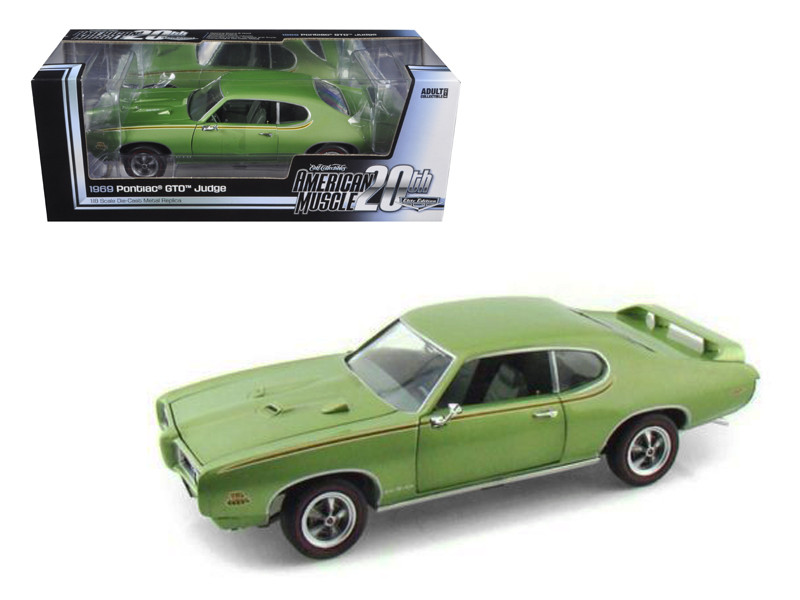 1969 Pontiac GTO Judge Green American Muscle 20th Anniversary Edition 1/18 Diecast Model Car Autoworld AMM960