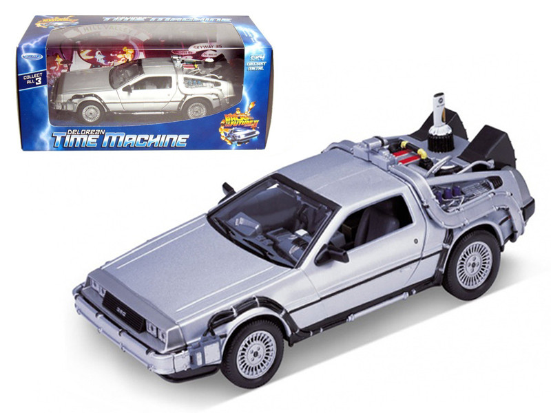 "Delorean From Movie ""Back To The Future 2"" 1/24 Diecast Car Welly 22441"