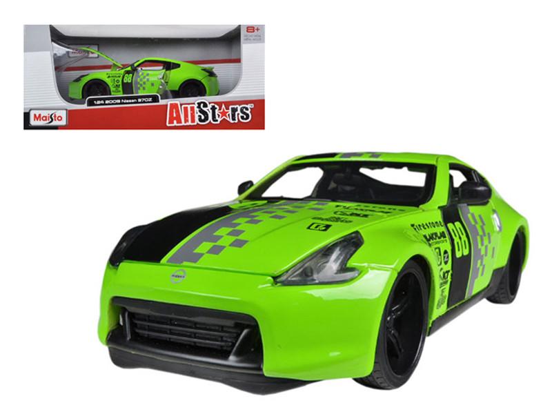 2009 Nissan 370Z #88 Green 1/24 Diecast Model Car Maisto 31353