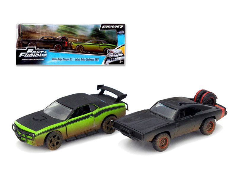 "Dom's 1970 Dodge Charger R/T Off Road and Letty's Dodge Challenger SRT8 ""Fast & Furious 7"" Movie Set of 2 Cars 1/32 Diecast Model Cars Jada 97340"