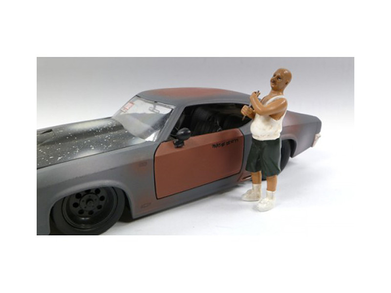 Auto Thief Figure For 1:24 Diecast Models by American Diorama