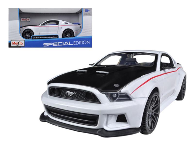 2014 Ford Mustang Street Racer White 1/24 Diecast Model Car Maisto 31506