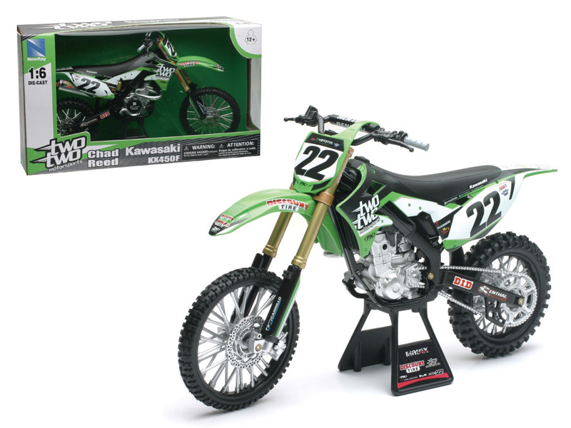 "Kawasaki KX 450F ""Two Two Motorsports"" Chad Reed #22 Dirt Bike Motorcycle 1/6 Diecast Model New Ray 49493"