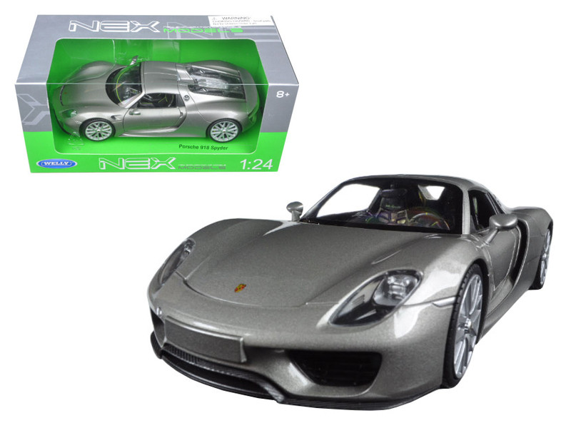 Porsche 918 Spyder Silver Closed Roof 1/24 Diecast Model Car Welly 24055