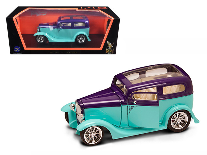 1931 Ford Model A Sedan Green/Purple 1/18 Diecast Model Car Road Signature 92848