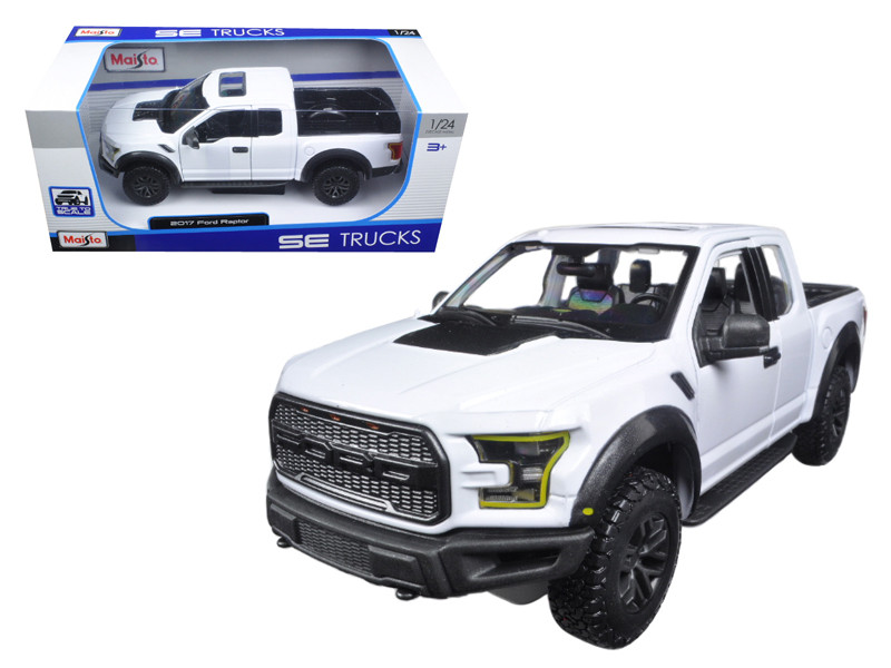 2017 Ford Raptor Pickup Truck White 1/24 Diecast Model Car Maisto 31266
