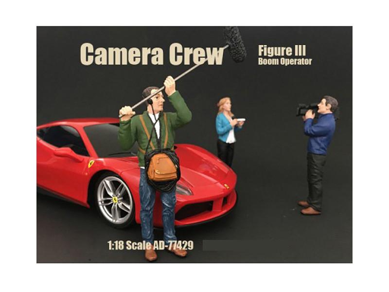 Camera Crew Figure III Boom Operator For 1:18 Scale Models American Diorama 77429