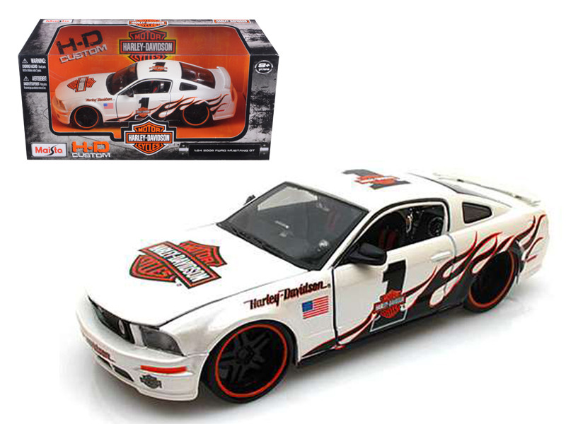 2006 Ford Mustang GT #1 White Harley Davidson 1/24 Diecast Model Car Maisto 32169