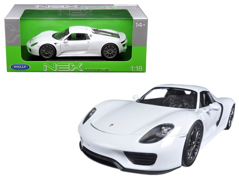 Porsche 918 Spyder With Top White 1/18 Diecast Model Car Welly 18051 HW-W