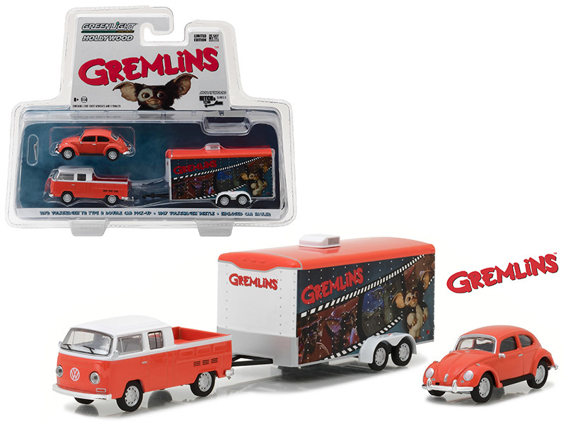 1972 Volkswagen T2 Type 2 Double Cab Pickup with 1967 Volkswagen Beetle in Enclosed Car Hauler Gremlins Movie 1984 Hollywood Hitch & Tow Series 3 1/64 Diecast Model Greenlight 31030 A