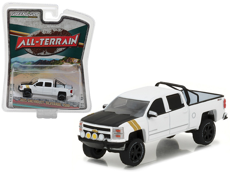 2015 Chevrolet Silverado 1500 White Pickup Truck All Terrain Series 5 1/64 Diecast Model Car Greenlight 35070 E