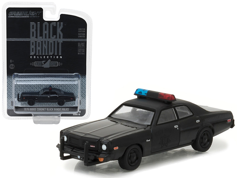 1976 Dodge Coronet Black Bandit Police 1/64 Diecast Model Car Greenlight 27930 C