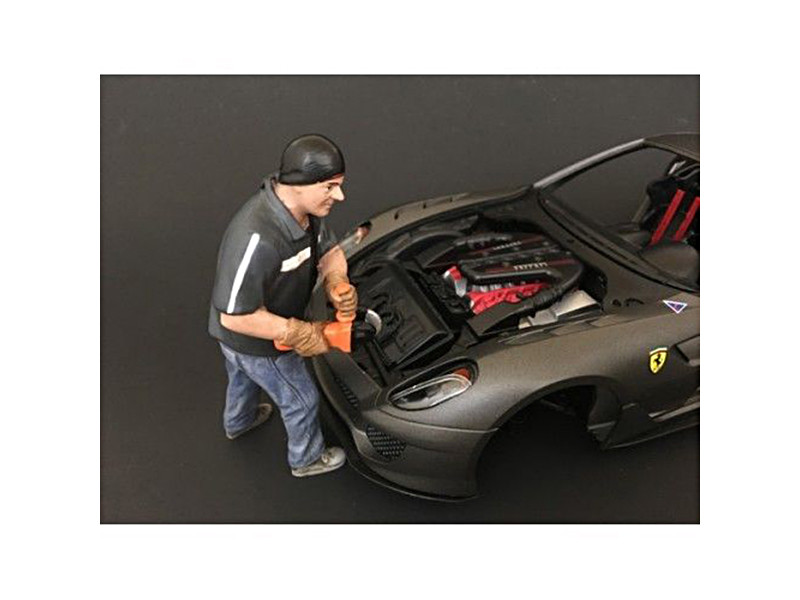 Chop Shop Mr. Chopman Figure for 1:18 Scale Models American Diorama 38161