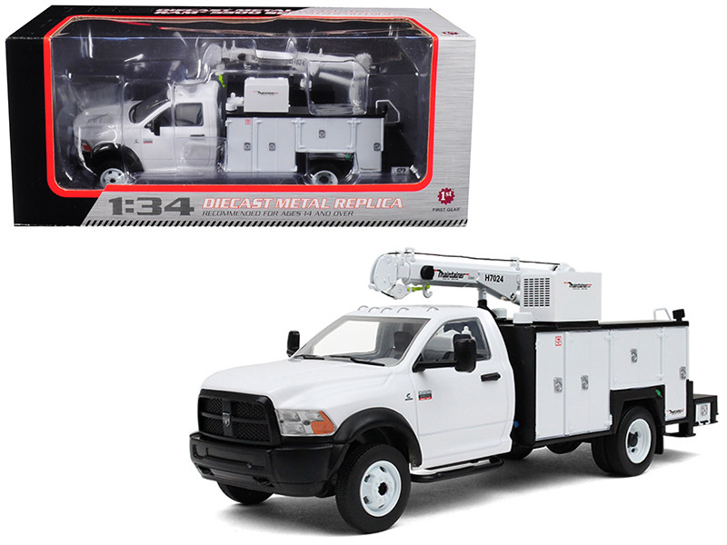 Ram 5500 with Maintainer Service Body White 1/34 Diecast Model First Gear 10-4060