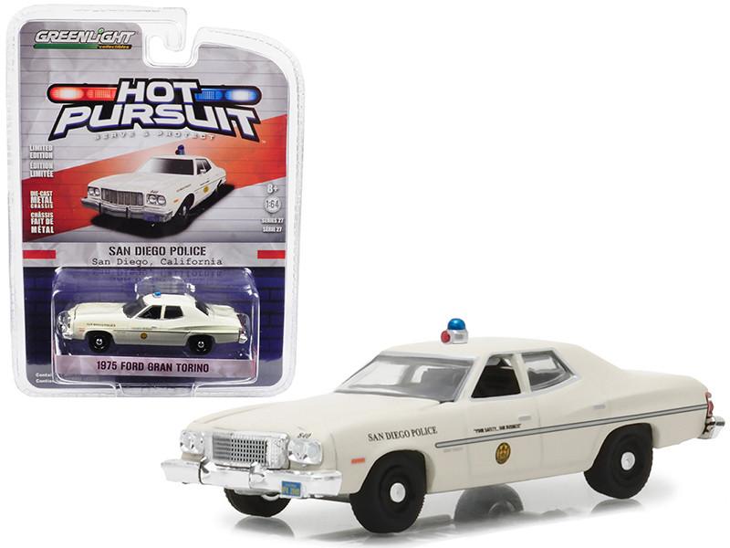 1975 Ford Gran Torino Police San Diego California Hot Pursuit Series 27 1/64 Diecast Model Car Greenlight 42840 A
