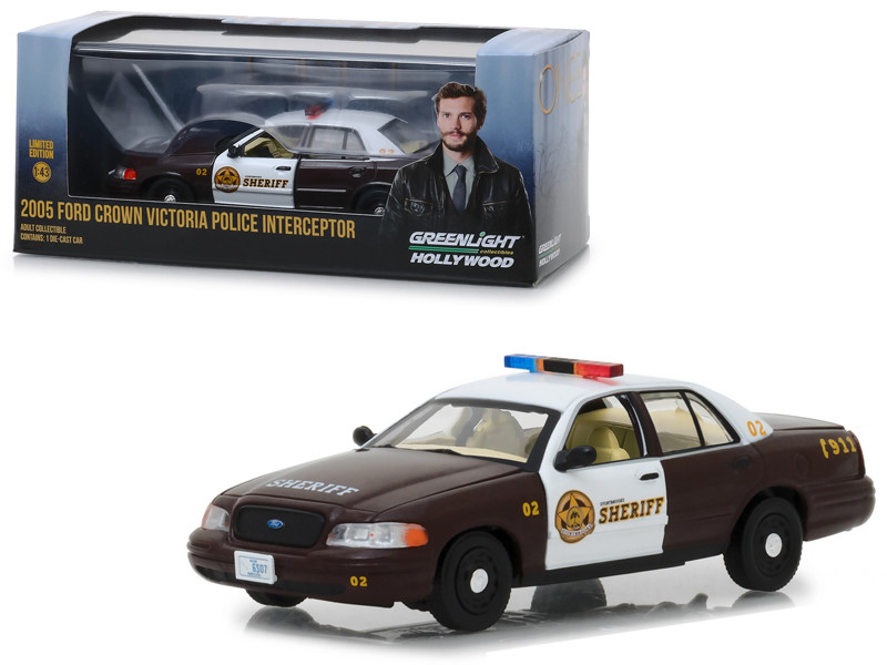 2005 Ford Crown Victoria Police Interceptor Storybrooke Sheriff Graham's Once Upon a Time 2011 TV Series 1/43 Diecast Model Car Greenlight 86525