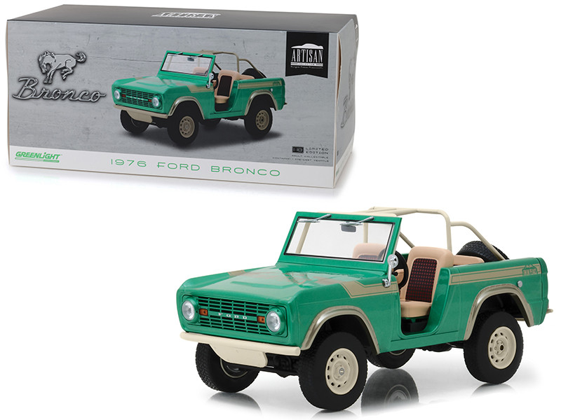 1976 Ford Bronco Twin Peaks Green Gas Monkey Garage 2012 TV Series 1/18 Diecast Model Car Greenlight 19034