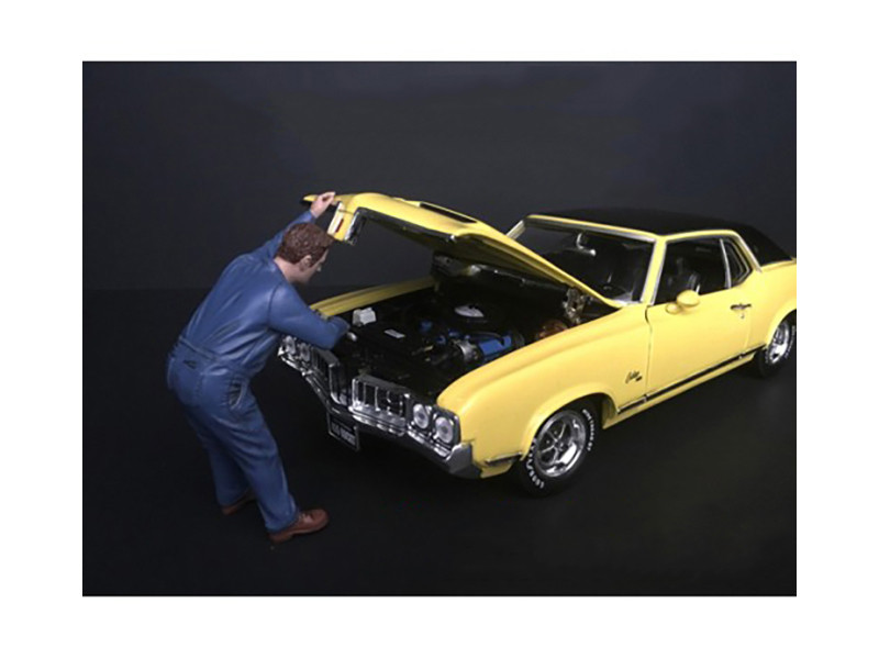 Mechanic Frank Under Hood Figurine 1/24 Scale Models American Diorama 38279