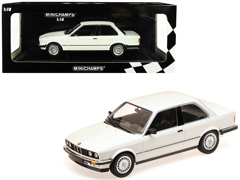 1982 BMW 323i White Limited Edition 600 pieces Worldwide 1/18 Diecast Model Car Minichamps 155026005